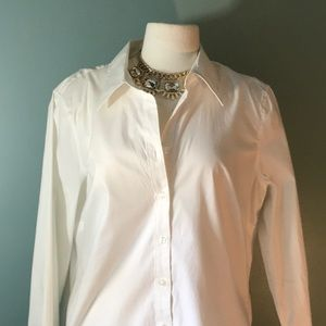Izod classic white blouse NWOT